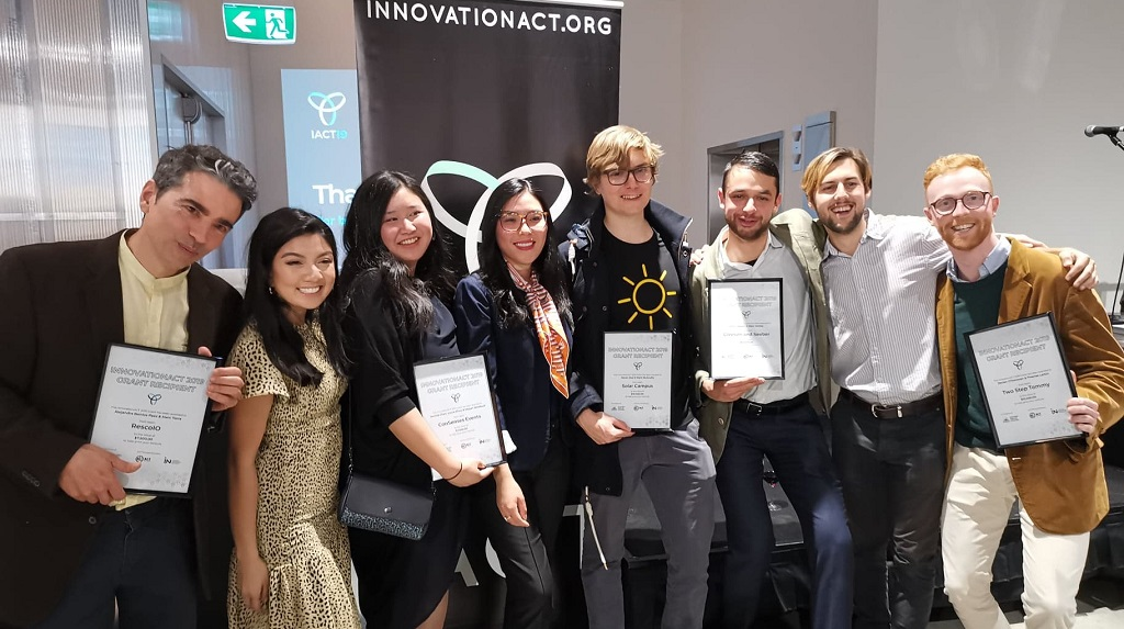 Innovation ACT Winners group shot