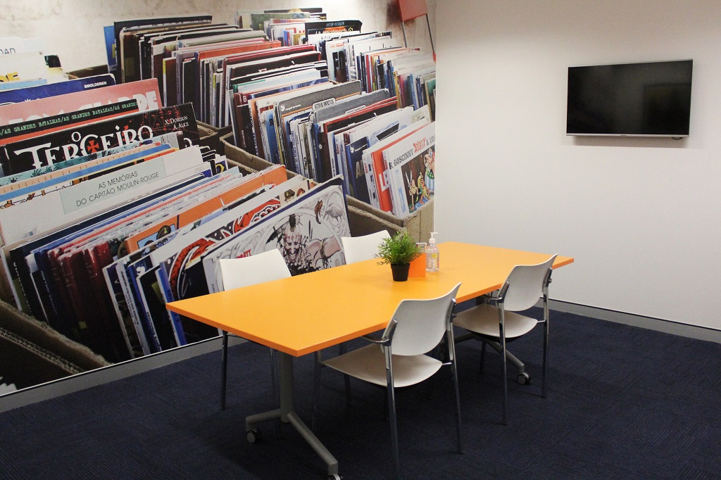 CBRIN Meeting Room - The Orange Room